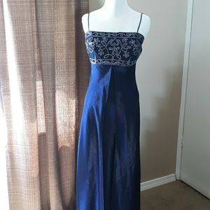 Morgan and Co. prom dress size 7/8